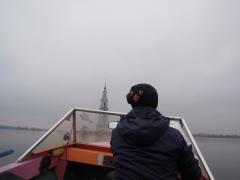 Калязин, к колокольне на лодке